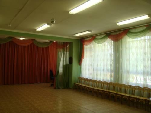 Шторы в детский сад музыкальный зал
